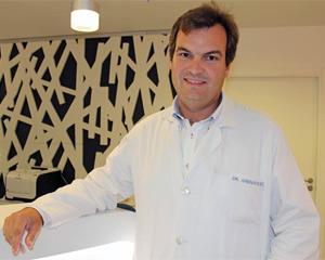 Charla digital con el doctor Juan Arenas